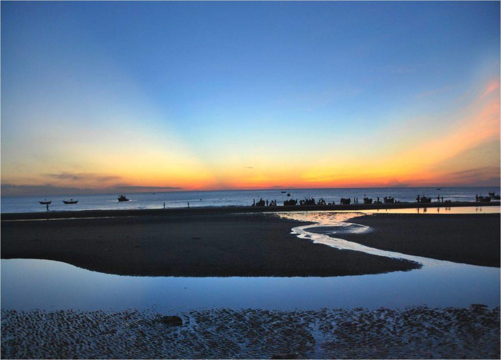 thuan-an-beach
