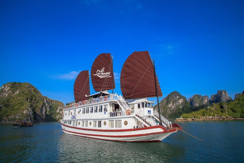 Ha Long Lavender Cruise