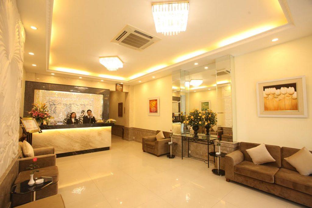 Flower-Hotel-HaNoi