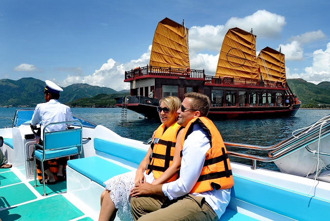 Nha Trang Discovery Day Cruises