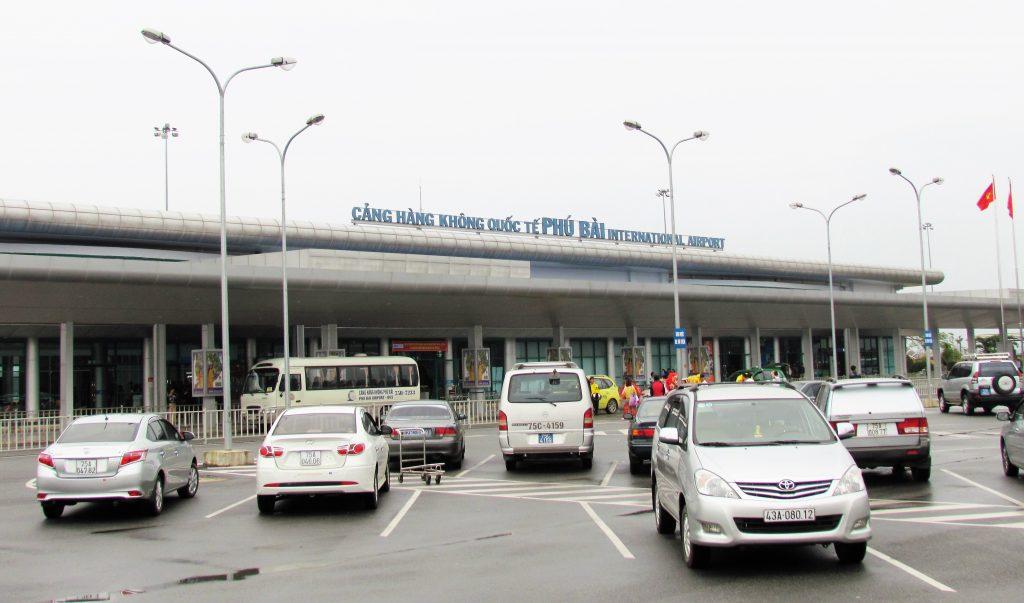 Thuê Xe Đón/Tiễn Sân Bay Huế